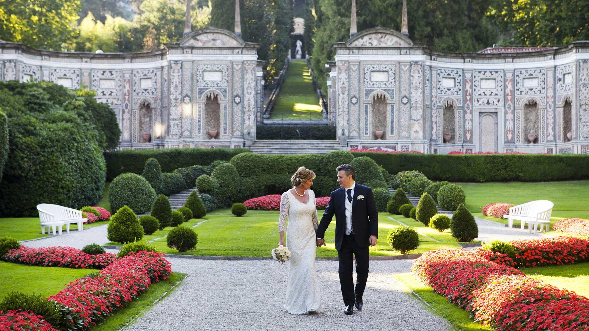 Matrimonio In Villa : Matrimonio villa d este gloria marco women in wedding